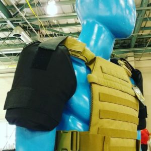 2 Shoulder Armor Includes Level 3A Armor